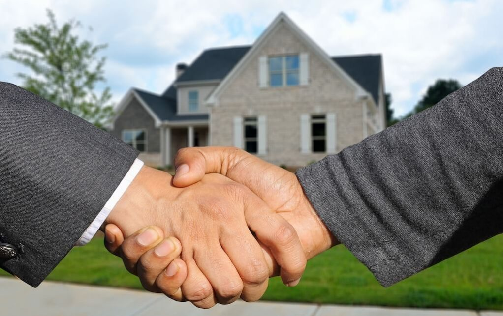 using retirement funds to buy real estate